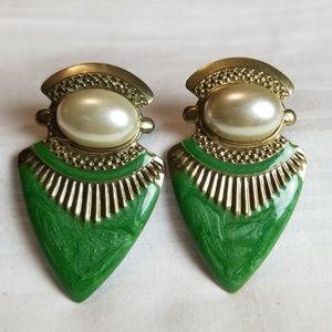 Gold Tone Pearl Green Pointy Earrings